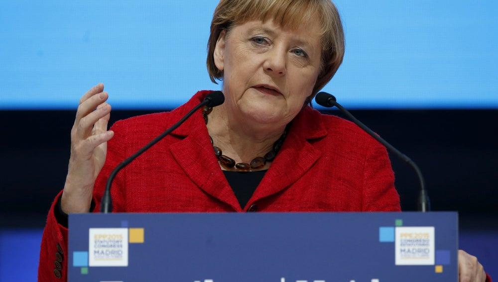 Angela Merkel, durante su intervención en el congreso del PP Europeo