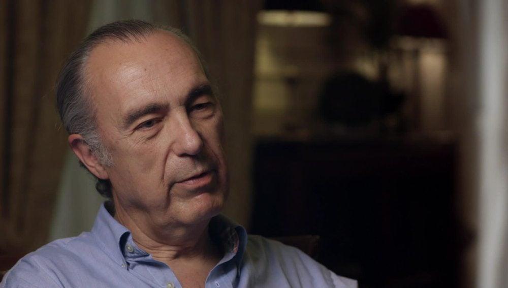 """Luis Alberto de Cuenca: """"La educación de El Pilar estaba enfocada a alcanzar el poder pero no sé cómo lo hacían"""""""