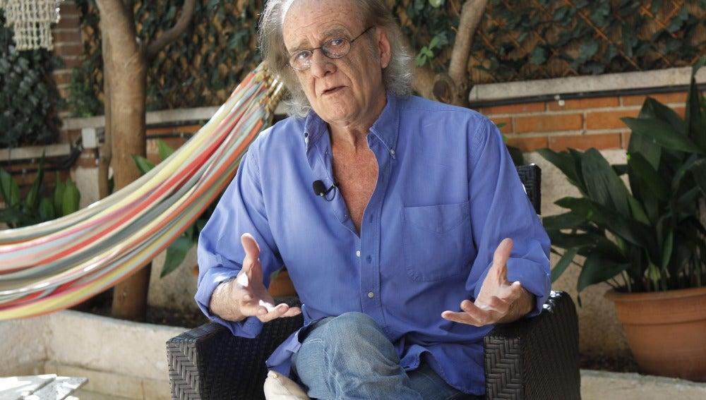 El cantautor Luis Eduardo Aute