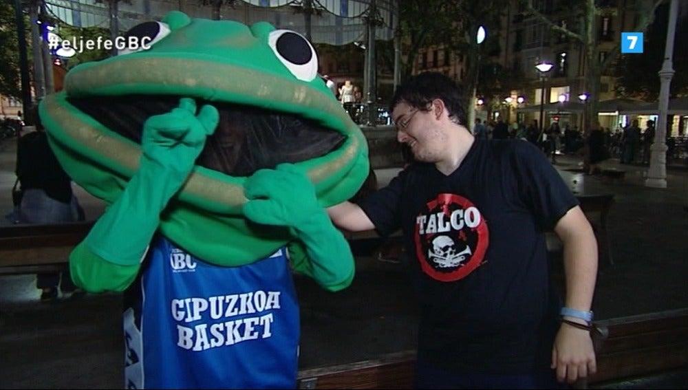 El Jefe Infiltrado de Gipuzkoa Basket, en acción