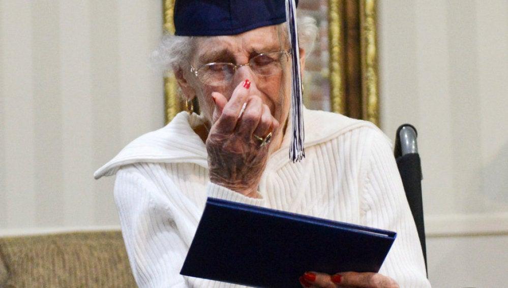 Margaret Thome, la mujer de 97 años graduada