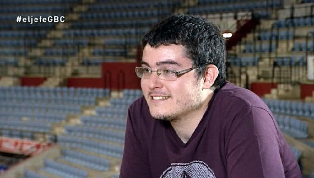 La mascota del Gipuzkoa Basket se encuentra con Cristina Gabilondo, la jefa infiltrada
