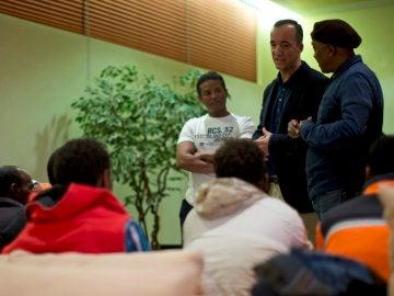 Los 11 refugiados llegan a España