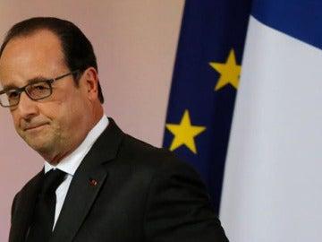 Hollande tras una rueda de prensa