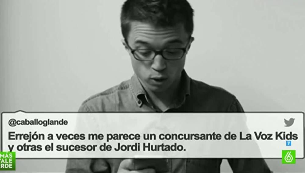 Íñigo Errejón, mirando Twitter