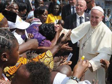 El papa pide unidad a la República Centroafricana para superar el conflicto