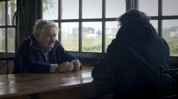 Mujica con Jordi Évole