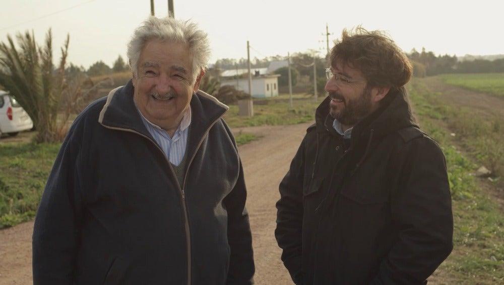 José Mujica y Jordi Évole
