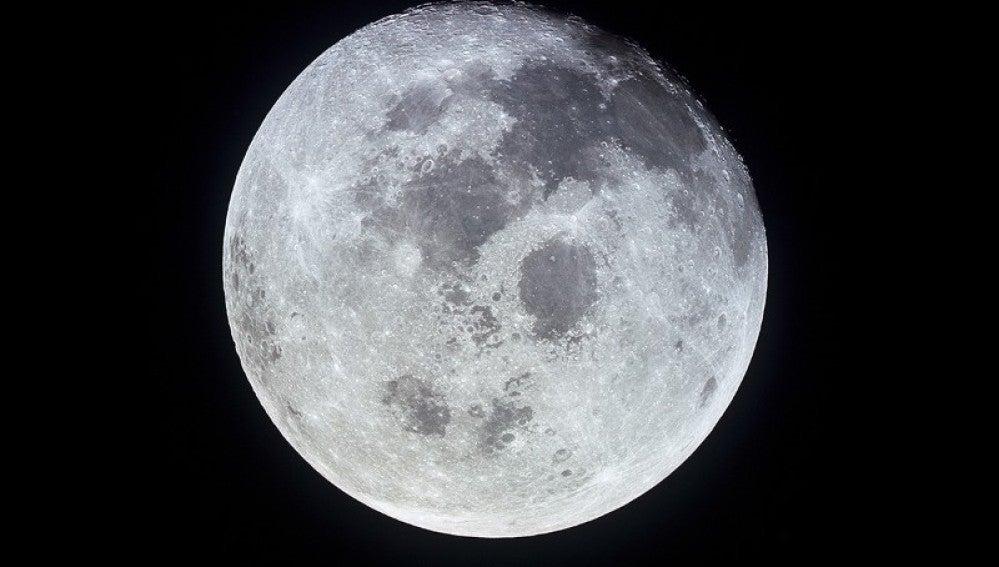 La Luna podría ser un planeta