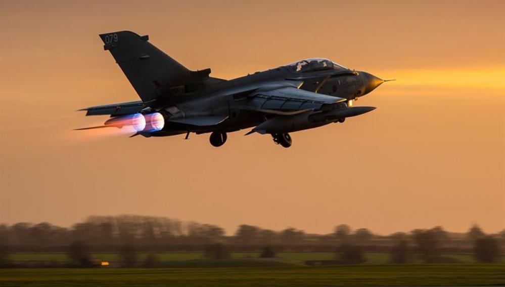 Un caza británico, dispuesto a bombardear Siria