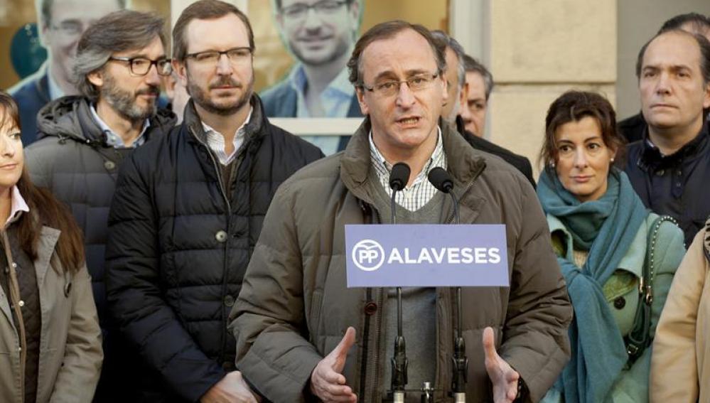 Alfonso Alonso en un acto de campaña electoral
