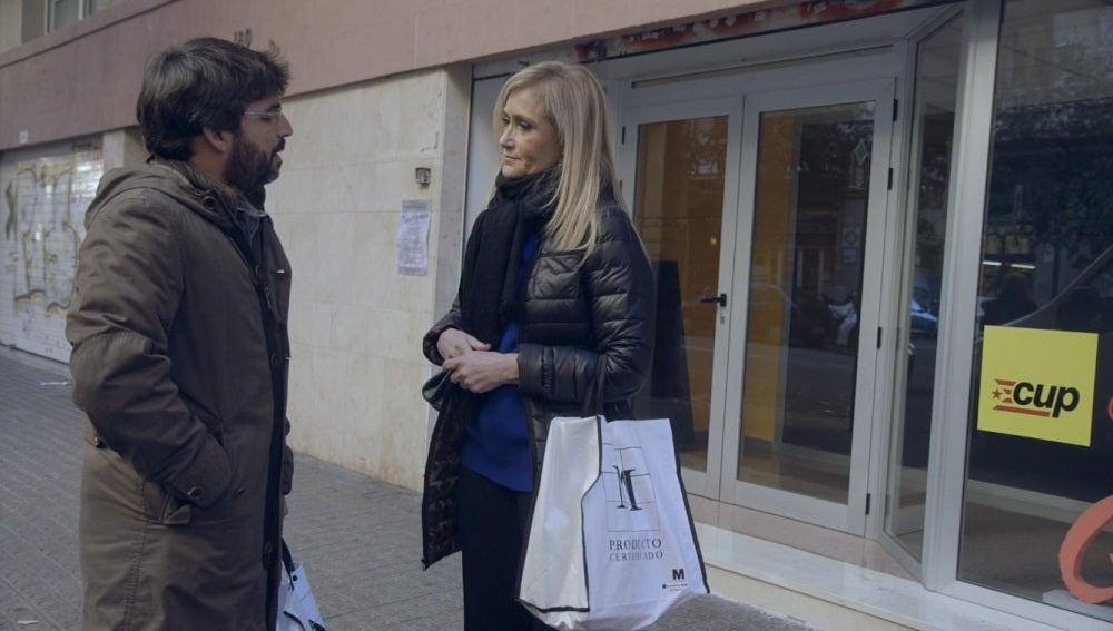 Cristina Cifuentes con Jordi Évole