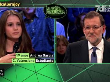 Rajoy siendo preguntado por el matrimonio homosexual