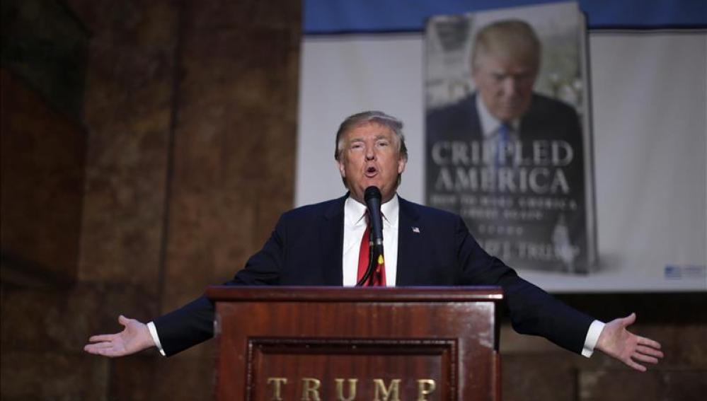 El aspirante presidencial republicano Donald Trump