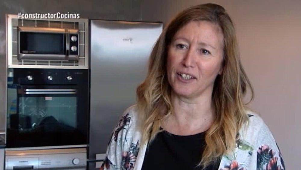 Felisa conoce su cocina nueva