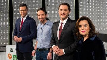 Los participantes del debate del 7D