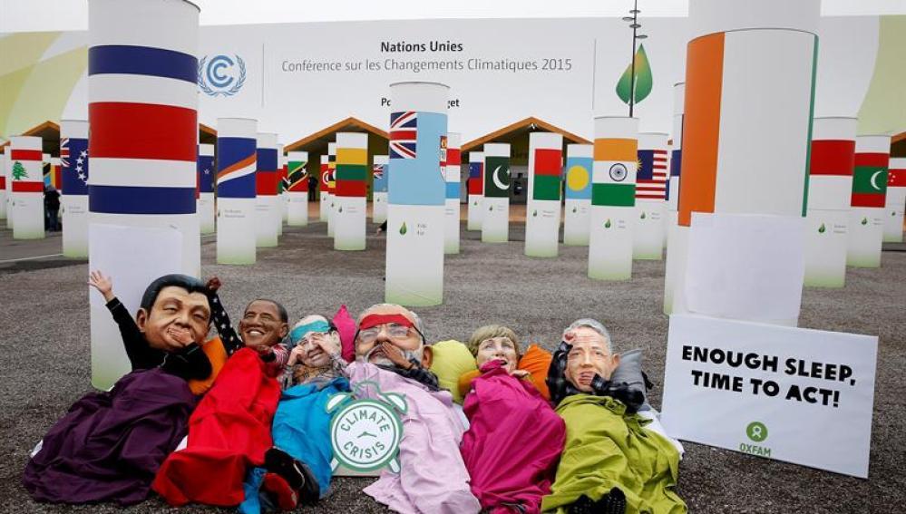 Activistas de ONG en la Cumbre del Clima