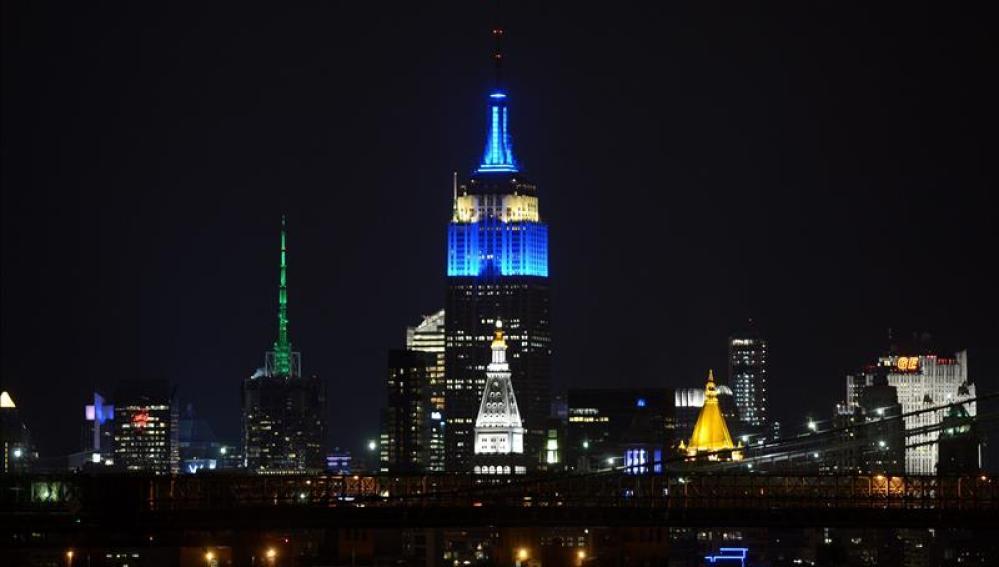 El Empire State se tiñe de azul por el centenario del nacimiento de Frank Sinatra
