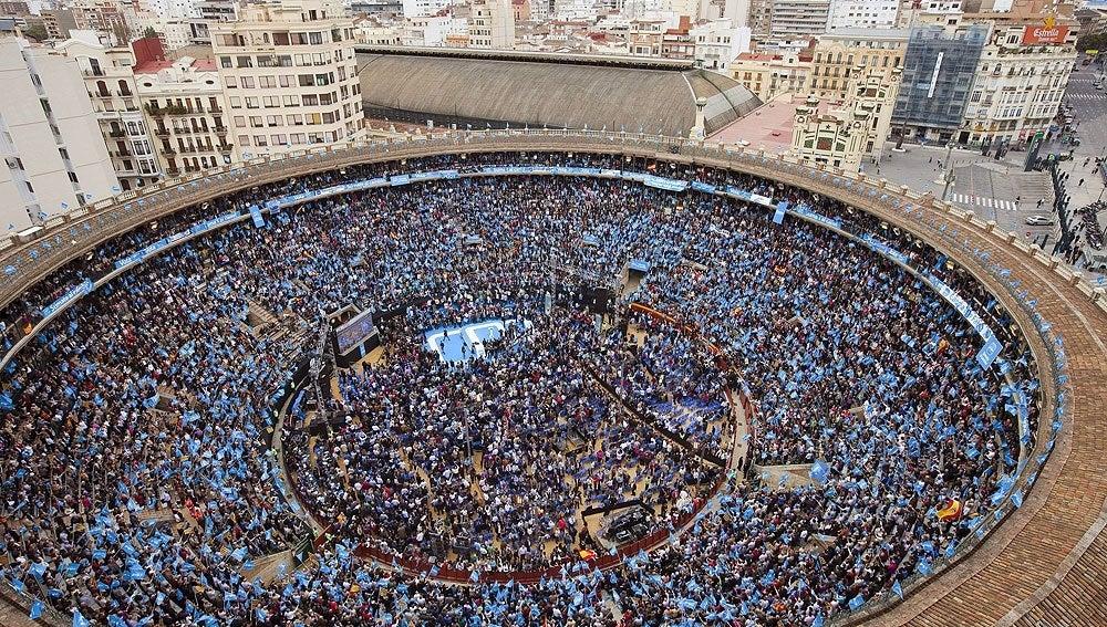 Mitin del PP en la plaza de toros de Valencia