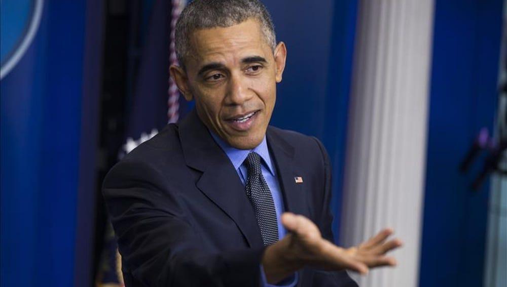 Barack Obama habla durante una rueda de prensa de fin de año