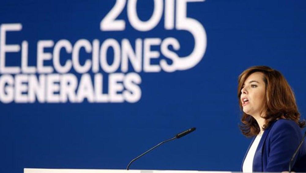 Soraya Sáenz de Santamaría informa de los resultados electorales