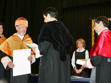 Rodrigo Rato obtiene el reconocimiento de 'Honoris Causa' en la URJC