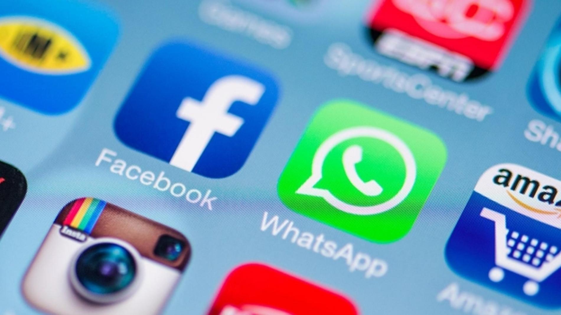Iconos de Whatsapp y Facebook