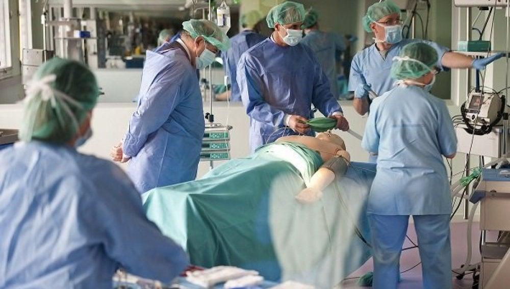 Personal médico trabajando
