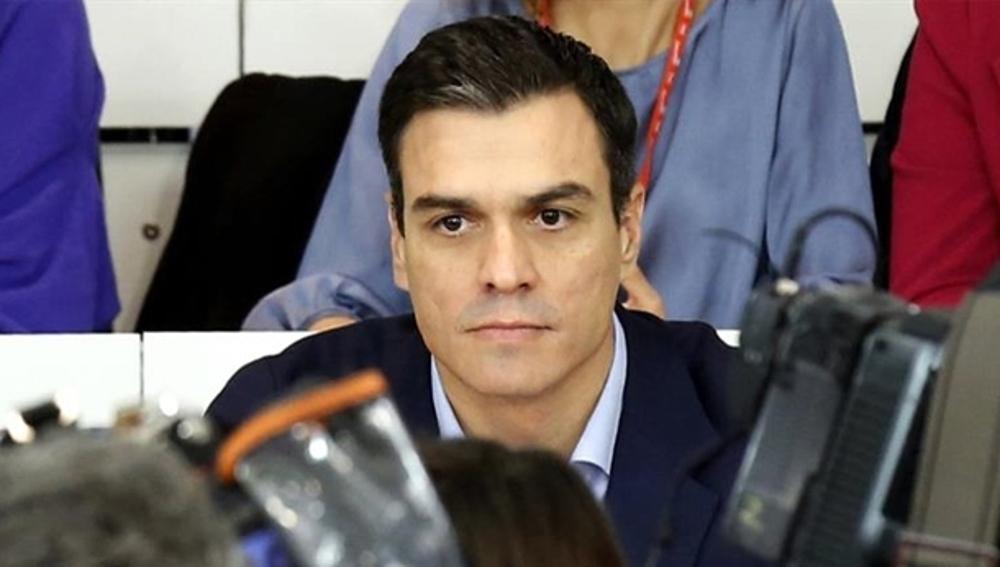 Pedro Sánchez ante los medios de comunicación