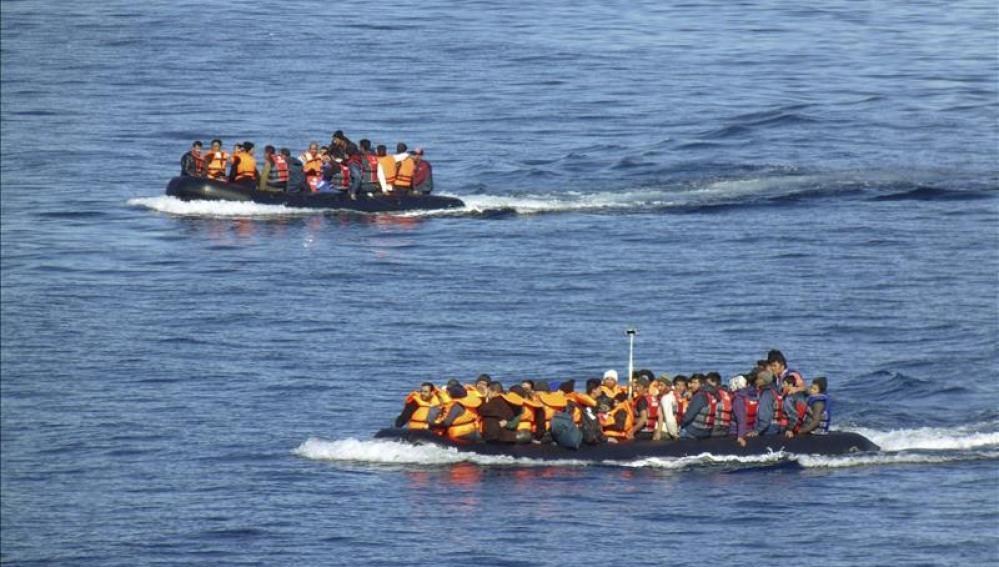 Llegada de refugiados a las costas griegas