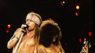 Axl Rose y Slash en una actuación