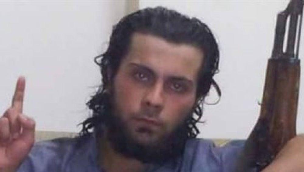 Imagen del miliciano que ejecutó a su madre