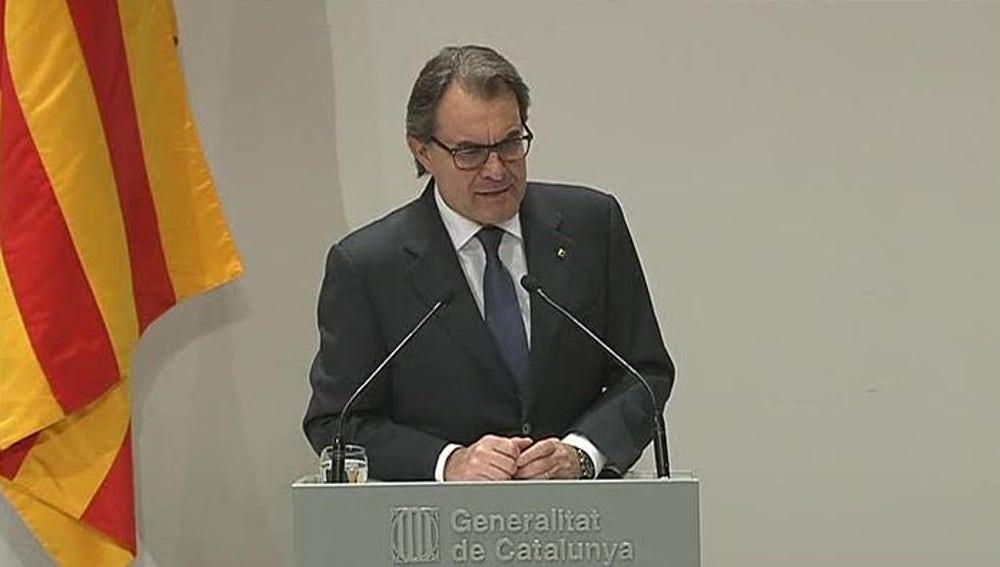 Artur Mas comparece tras reunirse con la cúpula de CDC