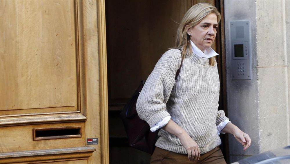 Tras ser vetada en Marivent, este lunes la Infanta Cristina se sentará en el banquillo