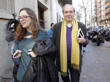 Julià de Jódar junto a la diputada de la CUP Eulàlia Reguant