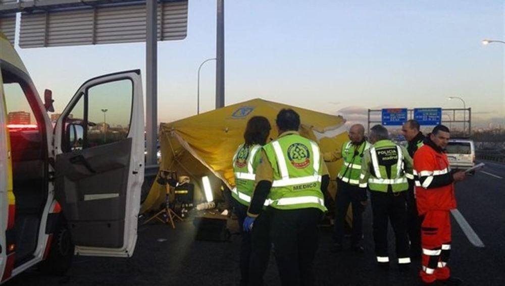 Muere un motorista de 39 años tras colisionar con un coche en la A-4