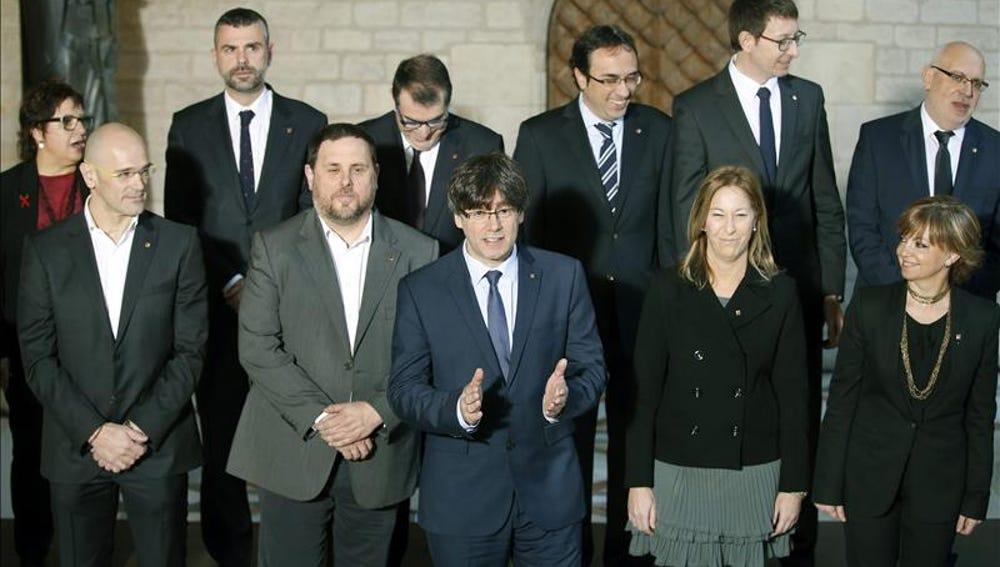 Foto de familia del nuevo Gobierno catalán