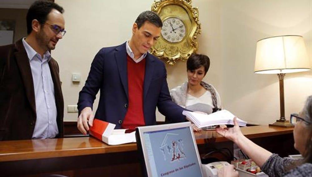 Sanchez y Rivera registran sus primeras propuestas parlamentarias