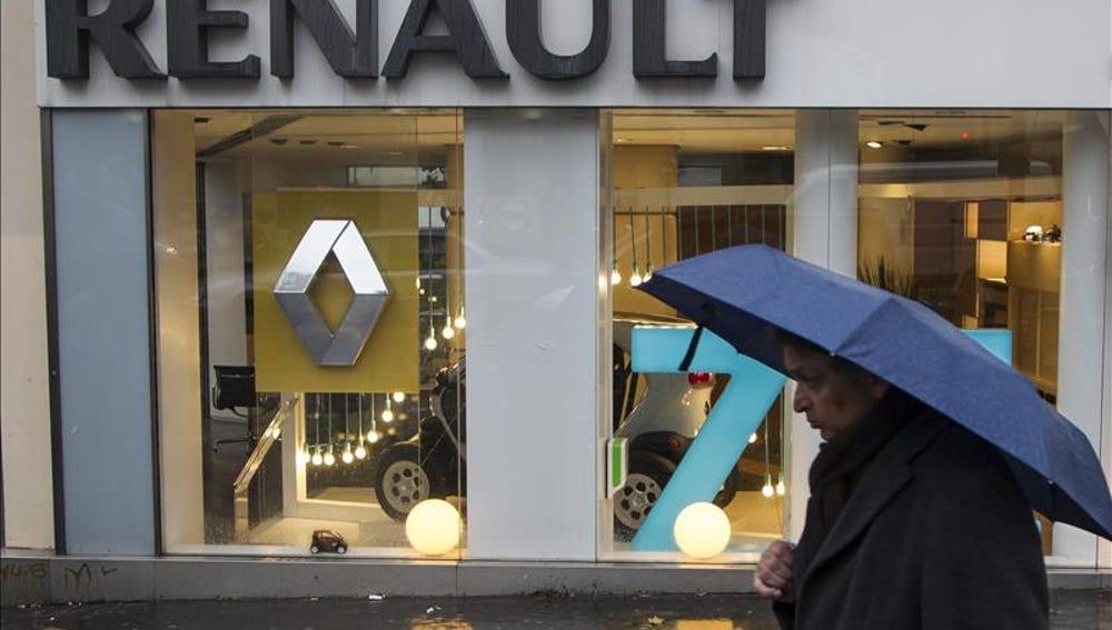 Fotografía de un concesionario de Renault en París