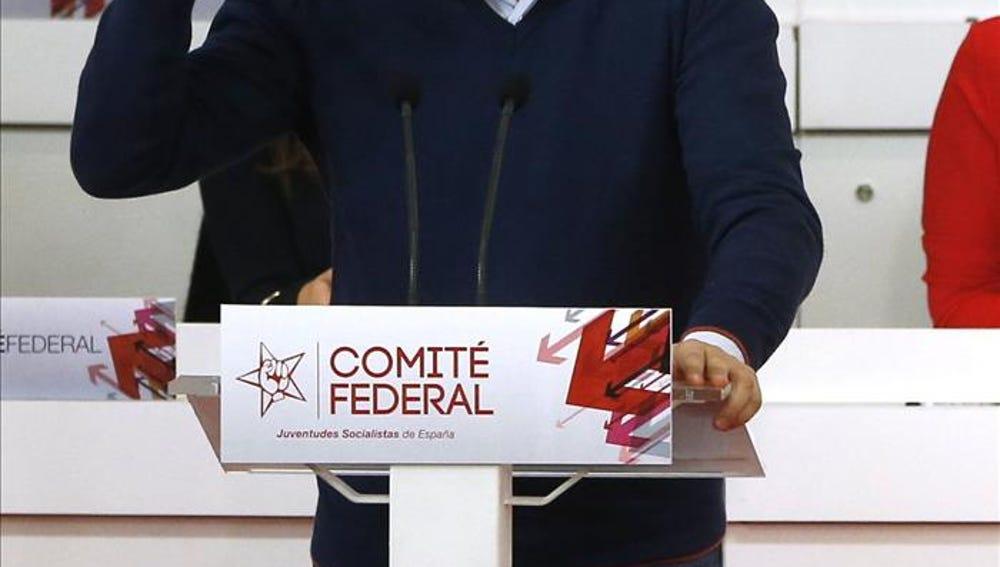 """César Luena, a Mariano Rajoy: """"Despierta de la siesta y explica a los españoles qué plan tienes"""""""