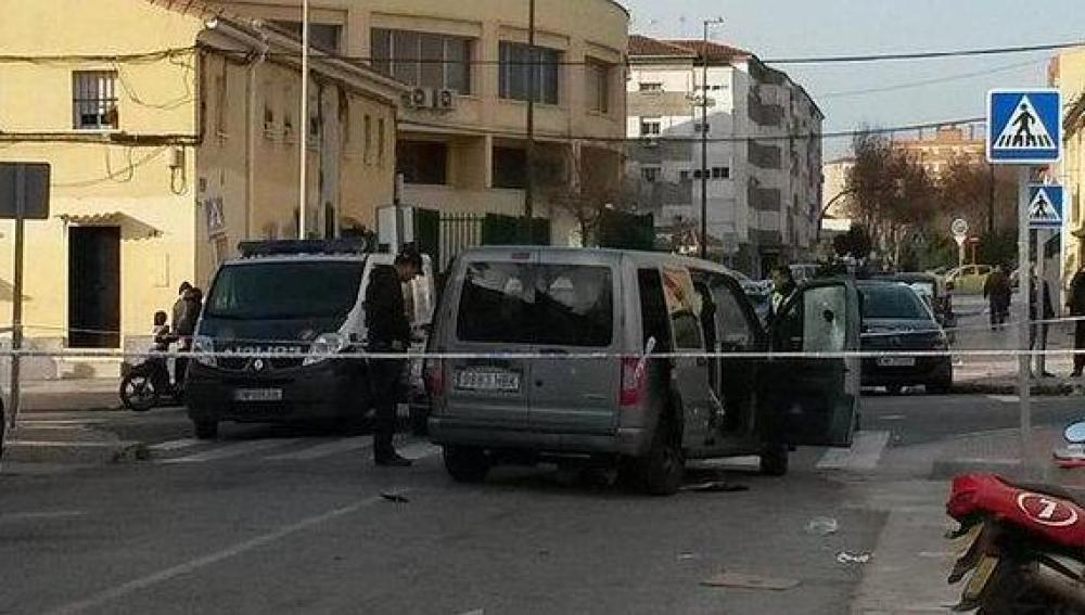 Herida grave una mujer al recibir varios disparos en Málaga