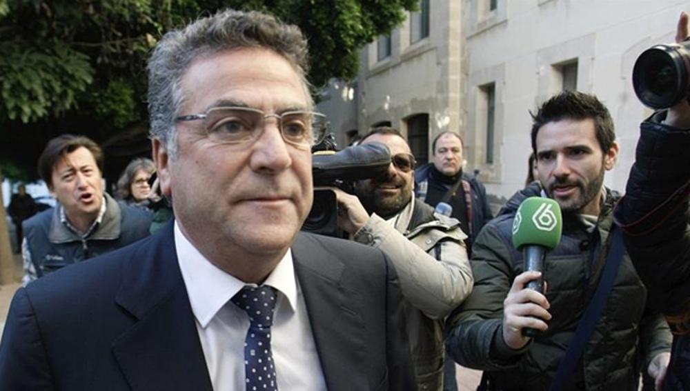 Enrique Ortiz llega a los juzgados