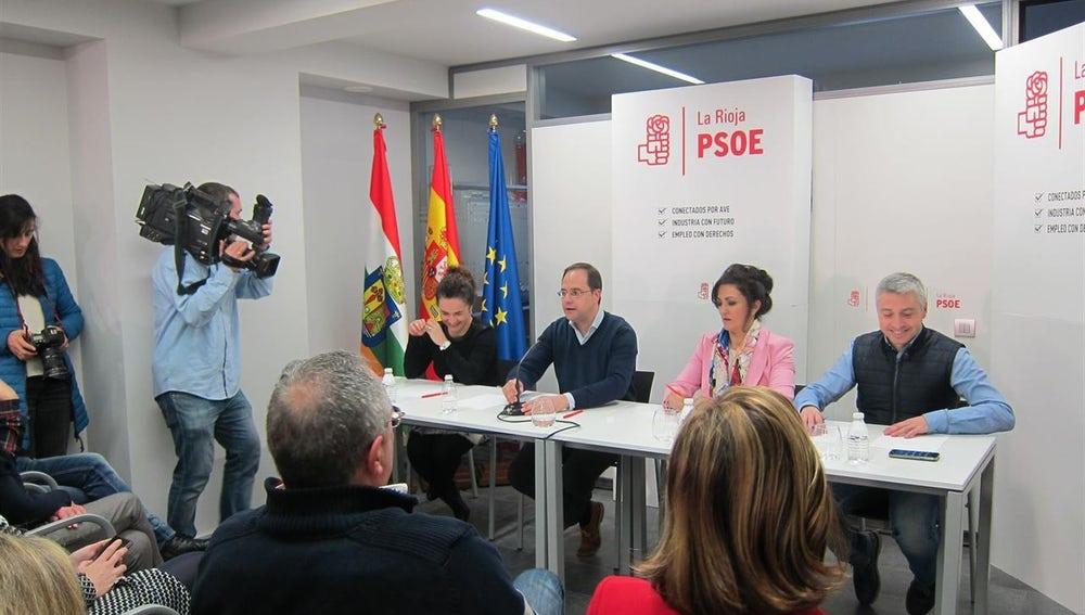 """César Luena: """"Al PSOE no se nos puede venir con numeritos ni teatrillos, sino en su momento y en su forma con propuestas"""""""