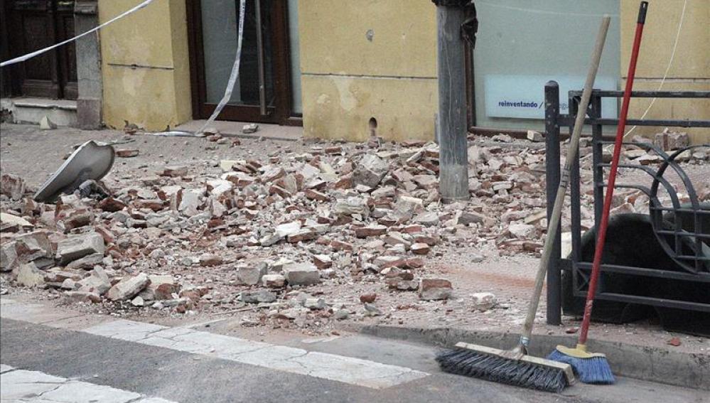 Desperfectos causados por el terremoto que ha afectado a Melilla