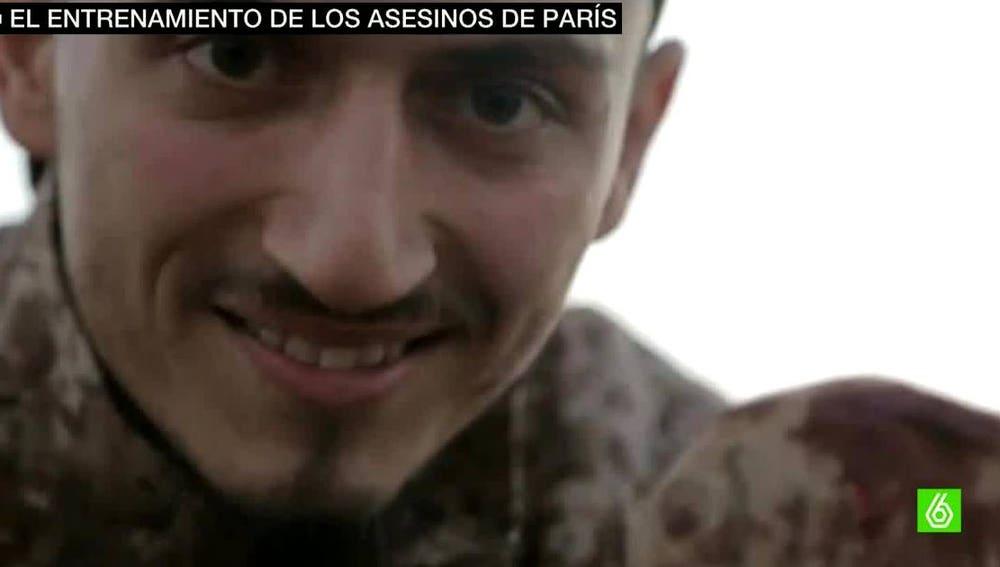 Uno de los terroristas de París