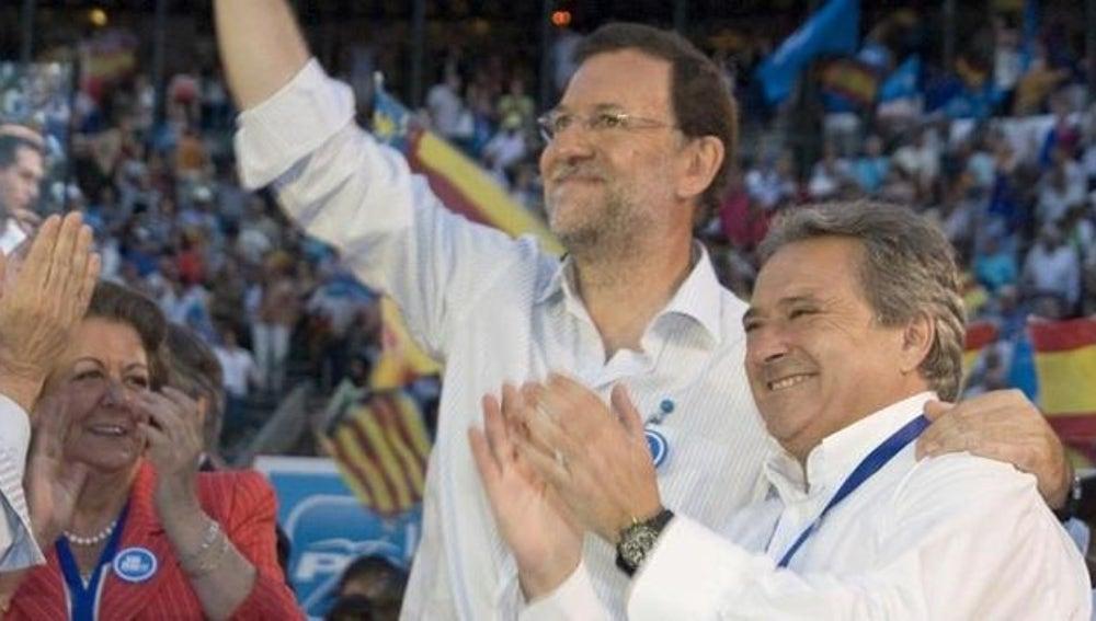 Mariano Rajoy y Alfonso Rus en un acto del PP