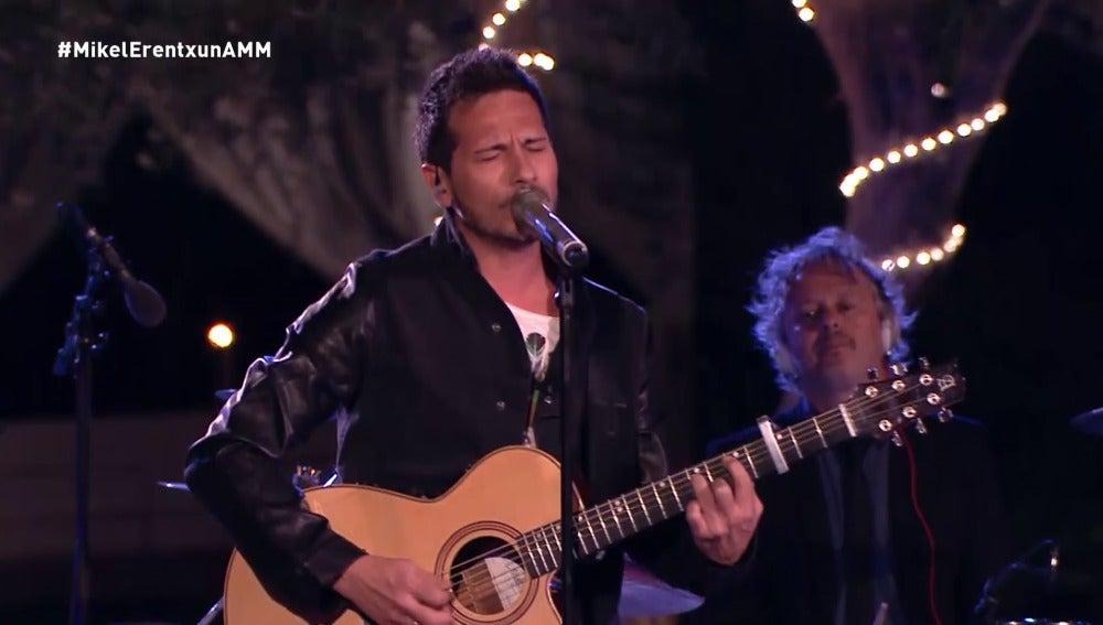 David DeMaría canta 'En algún lugar'