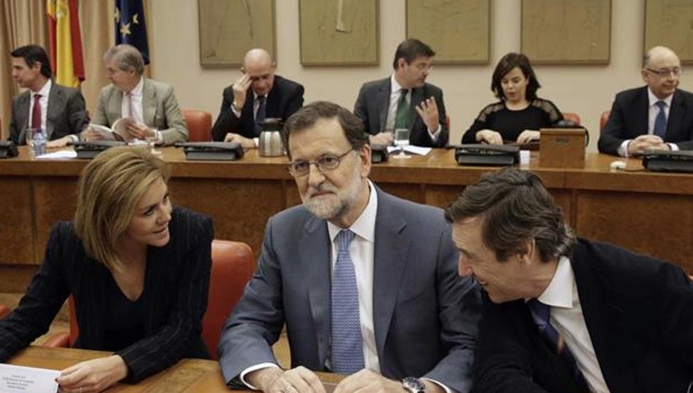 Mariano Rajoy en el Congreso con Cospedal y Hernando
