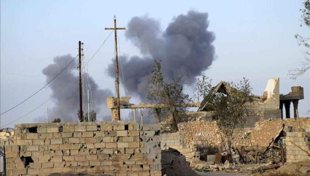 Bombardeo en un punto de Alepo