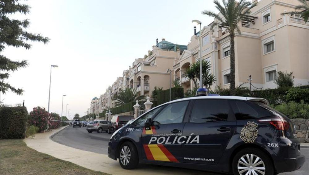 Detenido un joven en Gran Canaria por golpear y morder a un perro en el cuello